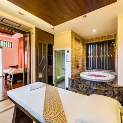 Отель Duangjitt Resort, Phuket спа