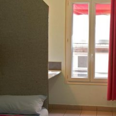 Отель Auberge Internationale des Jeunes комната для гостей фото 4