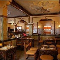 Отель Riad Amlal Марокко, Уарзазат - отзывы, цены и фото номеров - забронировать отель Riad Amlal онлайн гостиничный бар