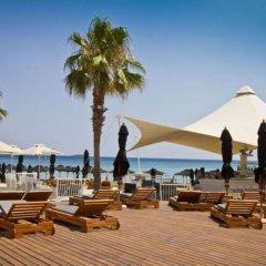 Отель Les Amis Греция, Вари-Вула-Вулиагмени - отзывы, цены и фото номеров - забронировать отель Les Amis онлайн пляж