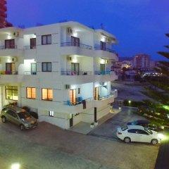 Отель Kompleks Joni Албания, Саранда - отзывы, цены и фото номеров - забронировать отель Kompleks Joni онлайн парковка