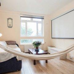 Апартаменты 1 Bedroom Apartment in Shoreditch комната для гостей фото 5