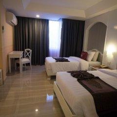 Отель Aunchaleena Grand Бангкок комната для гостей фото 3