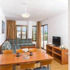 Отель Aparthotel Costa Encantada Испания, Льорет-де-Мар - 3 отзыва об отеле, цены и фото номеров - забронировать отель Aparthotel Costa Encantada онлайн комната для гостей