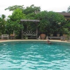 Отель Sophon.19 Apartment (Baan Klang Noen) Таиланд, Паттайя - отзывы, цены и фото номеров - забронировать отель Sophon.19 Apartment (Baan Klang Noen) онлайн бассейн фото 3
