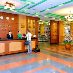 Green Hotel интерьер отеля