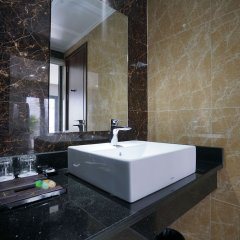Ha Long Trendy Hotel ванная фото 2