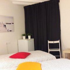Отель B&b Vistamar Holidays - Adults Only Барселона комната для гостей фото 3