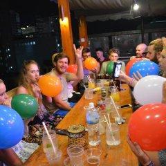 Отель iHome Nha Trang Вьетнам, Нячанг - 1 отзыв об отеле, цены и фото номеров - забронировать отель iHome Nha Trang онлайн гостиничный бар