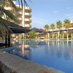 Protur Biomar Gran Hotel & Spa бассейн