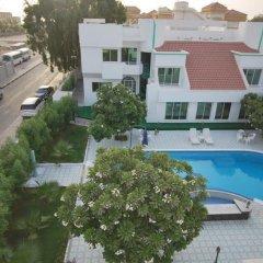 Отель Al Khalidiah Resort ОАЭ, Шарджа - 1 отзыв об отеле, цены и фото номеров - забронировать отель Al Khalidiah Resort онлайн балкон