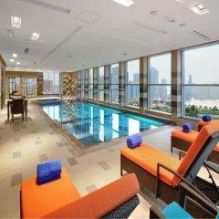Отель Al Majaz Premiere Hotel Apartment ОАЭ, Шарджа - 1 отзыв об отеле, цены и фото номеров - забронировать отель Al Majaz Premiere Hotel Apartment онлайн бассейн