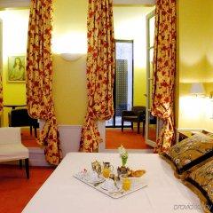 Отель Le Lavoisier Париж в номере