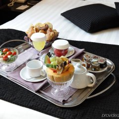 Отель Holiday Inn Genoa City Генуя в номере фото 2