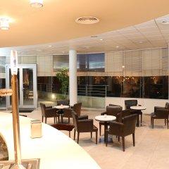 Отель HLG CityPark Sant Just Испания, Сан-Жуст-Десверн - отзывы, цены и фото номеров - забронировать отель HLG CityPark Sant Just онлайн интерьер отеля