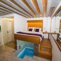 Апартаменты Royal Gold Apartments комната для гостей фото 4