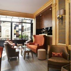 Отель Rochester Champs Elysees Франция, Париж - 1 отзыв об отеле, цены и фото номеров - забронировать отель Rochester Champs Elysees онлайн интерьер отеля