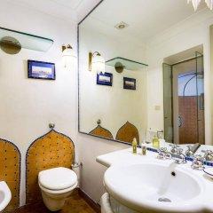 Отель Casa Howard Guest House Rome (Capo Le Case) ванная фото 2