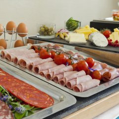 Отель Suites Cannes Croisette Франция, Канны - 2 отзыва об отеле, цены и фото номеров - забронировать отель Suites Cannes Croisette онлайн питание