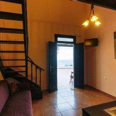 Отель Little Lindos Sea View Studios интерьер отеля