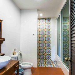 Отель Feung Nakorn Balcony Rooms and Cafe ванная