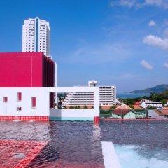 Sleep With Me Hotel design hotel @ patong бассейн фото 3