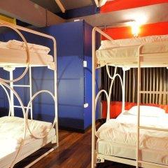 Отель Esse Hostel Таиланд, Бангкок - отзывы, цены и фото номеров - забронировать отель Esse Hostel онлайн комната для гостей фото 3