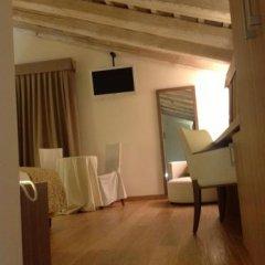 Отель Do Ciacole in Relais Италия, Мира - отзывы, цены и фото номеров - забронировать отель Do Ciacole in Relais онлайн удобства в номере фото 2