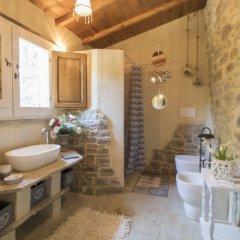 Отель Casale Dei Poeti Ареццо ванная фото 2
