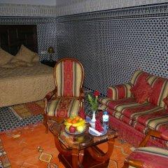Отель Riad La Perle De La Médina Марокко, Фес - отзывы, цены и фото номеров - забронировать отель Riad La Perle De La Médina онлайн питание фото 2