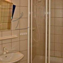 Отель Messe Incoming Nürnberg Германия, Нюрнберг - отзывы, цены и фото номеров - забронировать отель Messe Incoming Nürnberg онлайн ванная