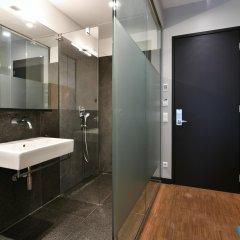 Отель The Bank Hotel Нидерланды, Амстердам - отзывы, цены и фото номеров - забронировать отель The Bank Hotel онлайн ванная