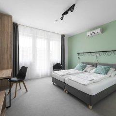 Отель Chesscom Венгрия, Будапешт - 10 отзывов об отеле, цены и фото номеров - забронировать отель Chesscom онлайн комната для гостей фото 2