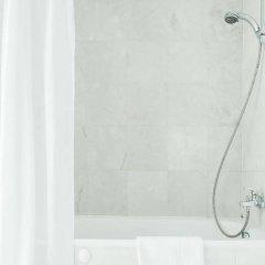 Отель Amicus Hotel Литва, Вильнюс - 5 отзывов об отеле, цены и фото номеров - забронировать отель Amicus Hotel онлайн ванная фото 2