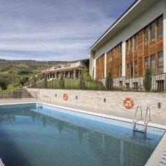 El Mirador de Ulzama Hotel & Spa бассейн