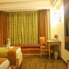 Отель Dee Marks Hotel & Resorts Индия, Нью-Дели - отзывы, цены и фото номеров - забронировать отель Dee Marks Hotel & Resorts онлайн комната для гостей фото 4
