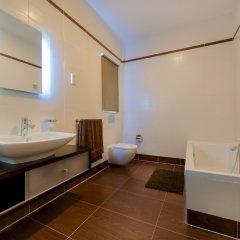 Отель THE Ultimate Luxury, Sliema With Pool Мальта, Слима - отзывы, цены и фото номеров - забронировать отель THE Ultimate Luxury, Sliema With Pool онлайн ванная