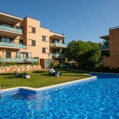 Отель Pierre & Vacances Residence Salou Испания, Салоу - отзывы, цены и фото номеров - забронировать отель Pierre & Vacances Residence Salou онлайн бассейн фото 3