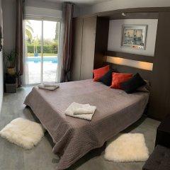 Отель Luxueuse et Confortable Villa sur Mer Франция, Ницца - отзывы, цены и фото номеров - забронировать отель Luxueuse et Confortable Villa sur Mer онлайн сейф в номере