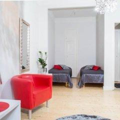 Отель Go Happy Home Apartment Runeberginkatu 6 Финляндия, Хельсинки - отзывы, цены и фото номеров - забронировать отель Go Happy Home Apartment Runeberginkatu 6 онлайн комната для гостей