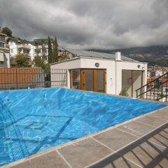 Отель Twelve Черногория, Будва - отзывы, цены и фото номеров - забронировать отель Twelve онлайн бассейн