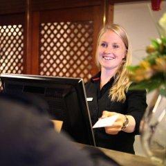 Отель Best Western Gustaf Fröding Hotel & Konferens Швеция, Карлстад - отзывы, цены и фото номеров - забронировать отель Best Western Gustaf Fröding Hotel & Konferens онлайн гостиничный бар