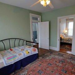 Отель Historic Capitol Stay Steps To World Power 5 Bedroom Home Вашингтон комната для гостей фото 2