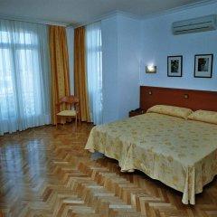 Отель Hostal Luis XV комната для гостей фото 3