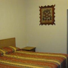 Las Palmas Hotel сейф в номере