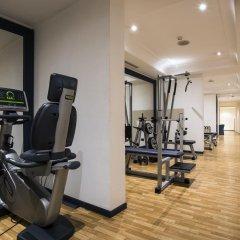 Flyon Hotel фитнесс-зал