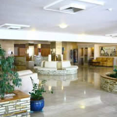Bella Napa Bay Hotel интерьер отеля