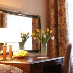 Гостиница Швейцарский в номере