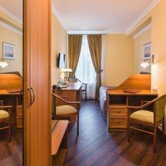 Гостиница Гоголь 4* Стандартный номер с двуспальной кроватью фото 18