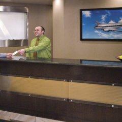 Отель Acclaim Hotel Calgary Airport Канада, Калгари - отзывы, цены и фото номеров - забронировать отель Acclaim Hotel Calgary Airport онлайн сауна